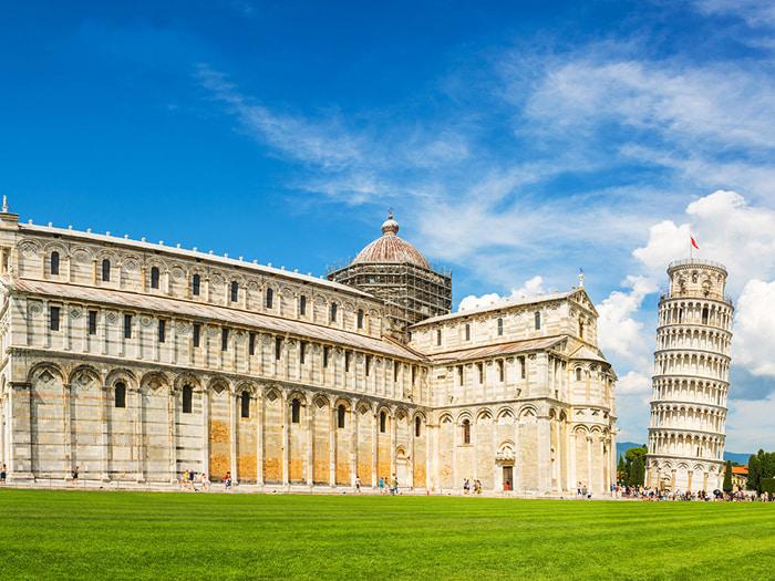 Chiêm ngưỡng tháp nghiêng Pisa - Toàn cảnh tháp