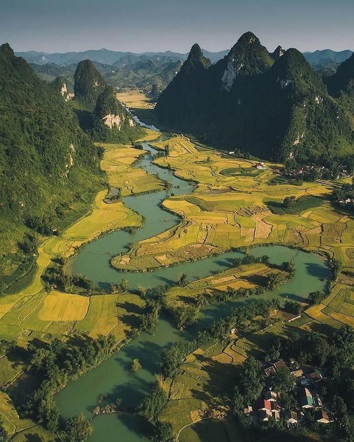 'Xỉu up xỉu down' trước vẻ hữu tình của dòng sông Quây Sơn Cao Bằng