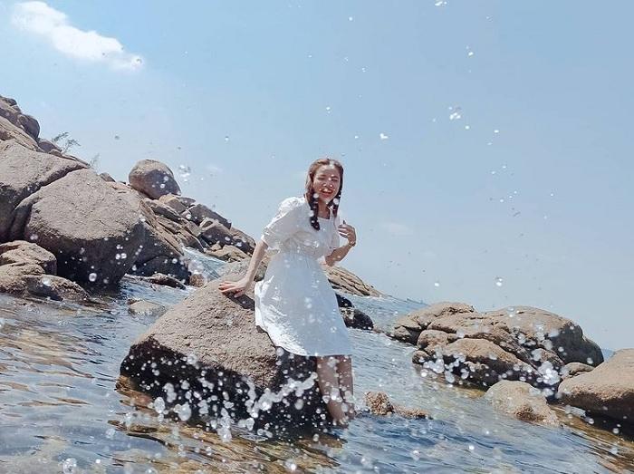 nghịch nước - hoạt động thú vị trên Vịnh Dung Quất