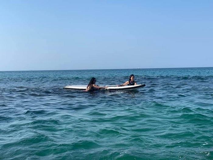 lướt ván - hoạt động thú vị tại Biển Lệ Thủy