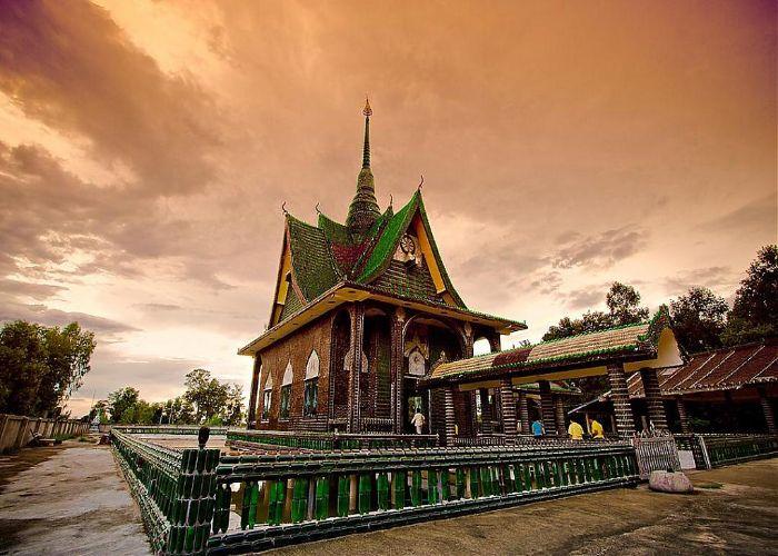 Wat Pa Maha Chedi Kaew Temple at Summer Sunset