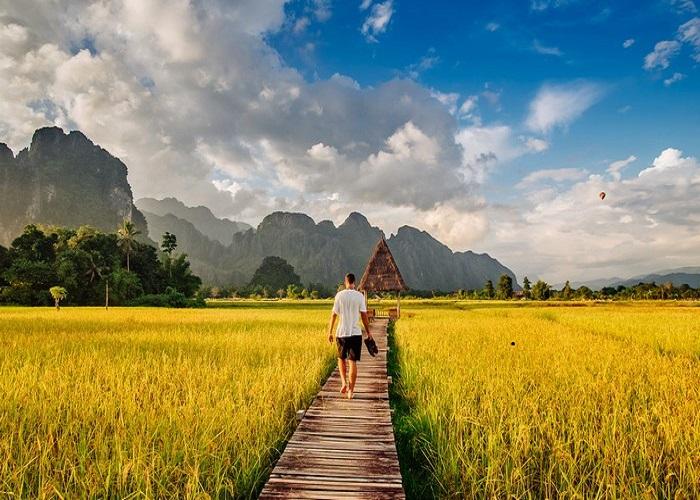 Vang Vieng - the sleeping town of Laos
