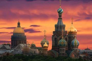 Chiêm ngưỡng vẻ đẹp kỳ ảo đêm trắng nước Nga 2019