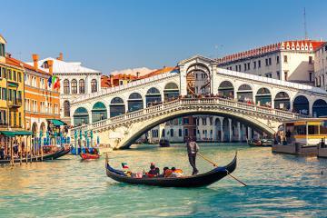 Lý do bạn nhất định phải du lịch Italia một lần trong đời