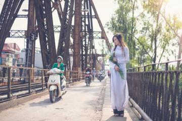 Ngắm nhìn Hà Nội qua năm tháng trên những cây cầu