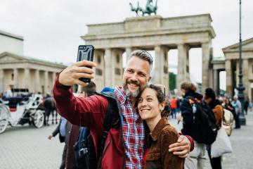'Tuổi trẻ đáng giá bao nhiêu' nếu một lần được đặt chân tới nước Đức