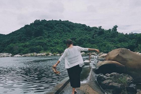 Đến khu du lịch Hầm Hô, Quy Nhơn để ngắm nhìn mây trời non nước