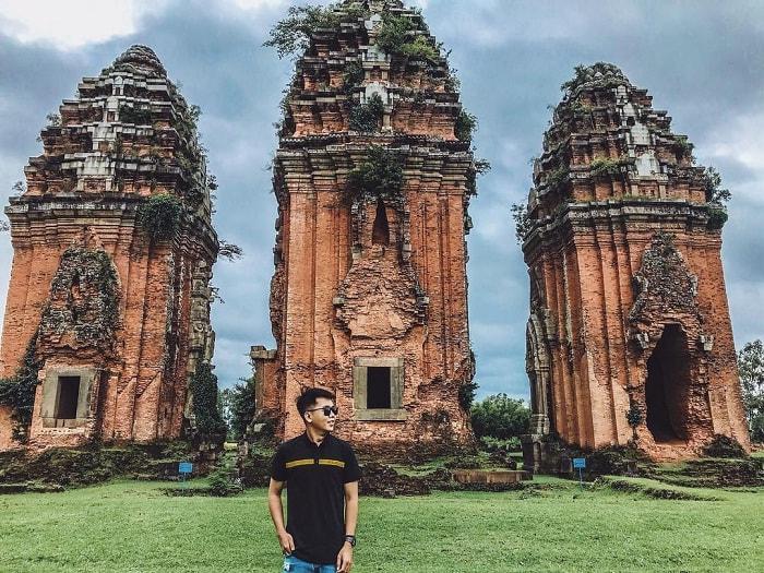 Đắm đuối trước kiến trúc độc đáo của những tòa tháp Chăm ở Quy Nhơn