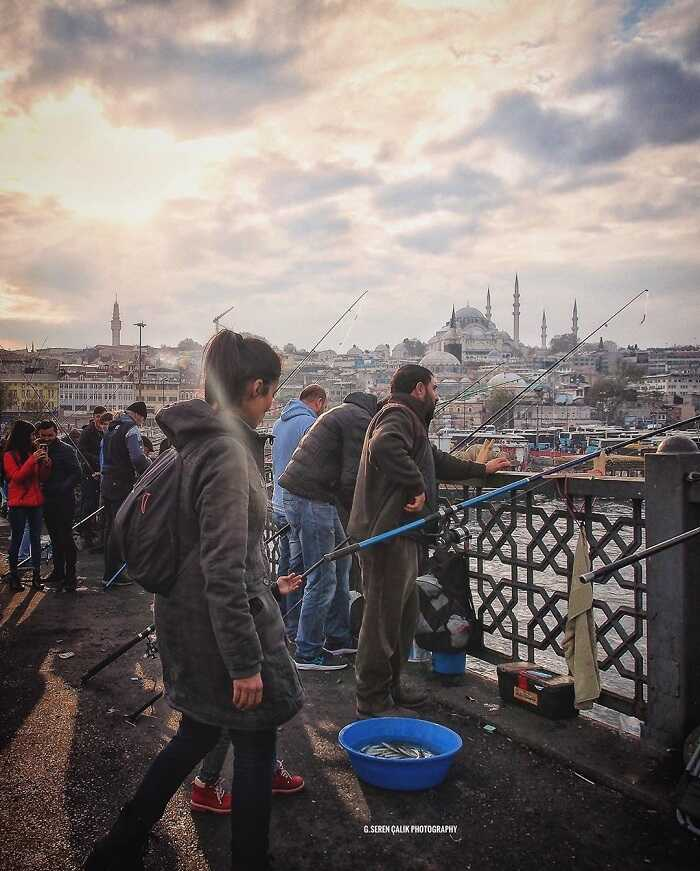 Istanbul Galata Bridge - a symbol that connects ancient and modern banks