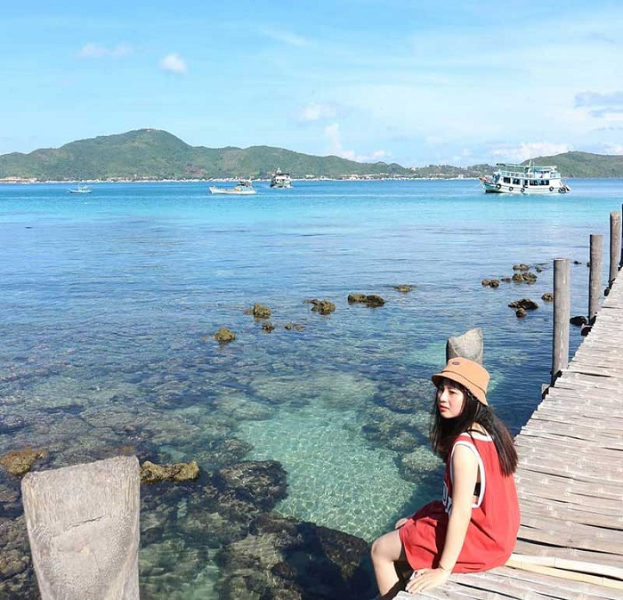 Bai Chat - a beautiful place on Nam Du Island