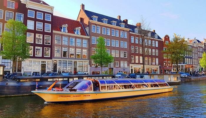 Kinh nghiệm di chuyển tại Hà Lan