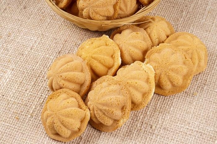 Bánh Bahulu - những món bánh nổi tiếng của Malaysia