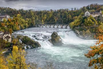 Thác nước sông Rhine - tuyệt tác của thiên nhiên Thụy Sĩ