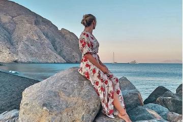 Bật mí 10 bãi biển đẹp ở Santorini Hy Lạp cho kỳ nghỉ dưỡng đáng nhớ