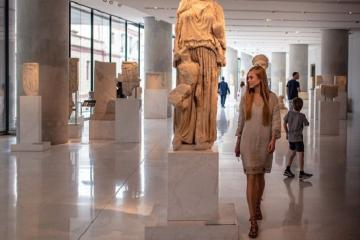 Mãn nhãn với chuyến tham quan lịch sử ở bảo tàng Acropolis Hy Lạp