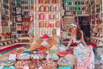 Đã mắt với khung cảnh náo nhiệt đầy sắc màu ở chợ gia vị Thổ Nhĩ Kỳ