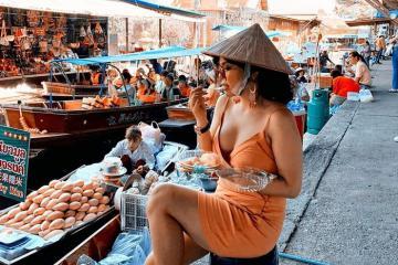 Chợ nổi Damnoen Saduak Bangkok có gì mà du khách mê mẩn đến vậy?