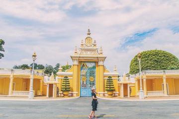 Cung điện Hoàng gia Campuchia - 'viên ngọc quý' giữa lòng thủ đô Phnom Penh