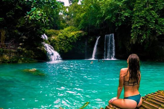 Hòa mình vào những địa điểm du lịch Badian Philippines xanh mát