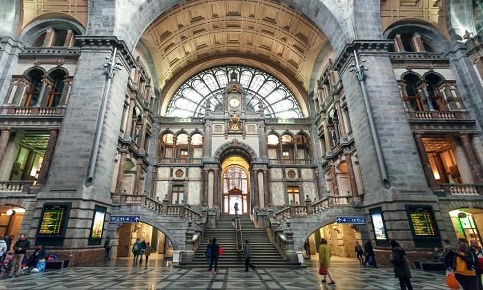Nhà ga Antwerp Centraal - Nhà ga đẹp trên thế giới