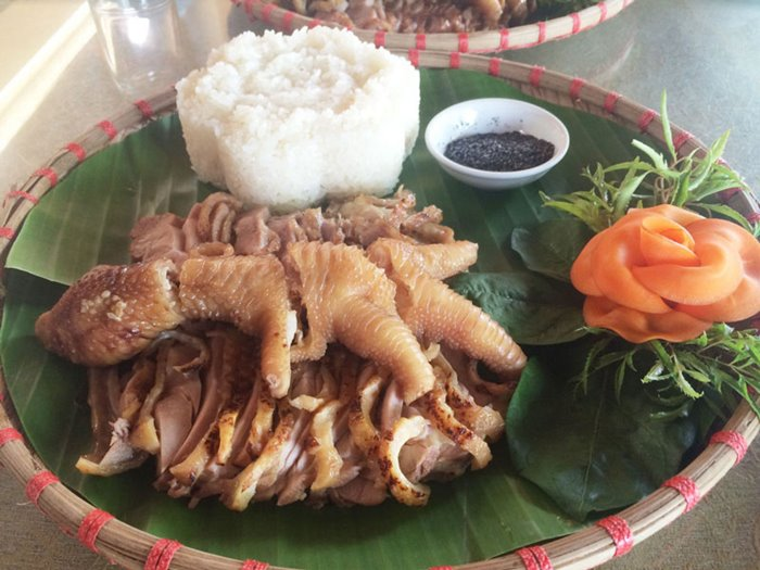 ăn gà đông tảo khi  du lịch Khoái Châu