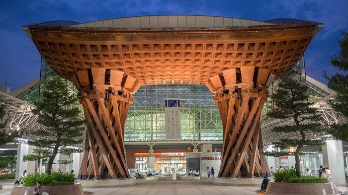 Nhà ga Kanazawa - Nhà ga đẹp trên thế giới