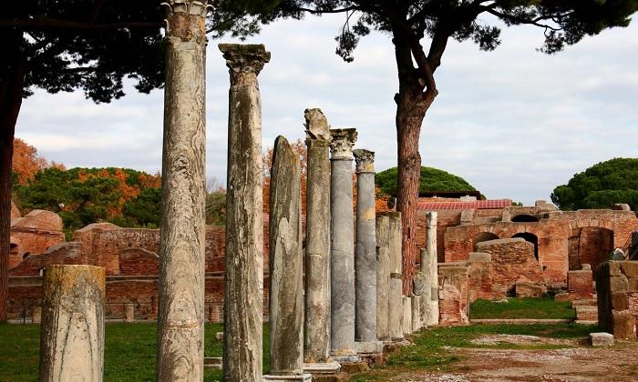 Tàn tích cổ đại ở Ostia Antica - địa điểm du lịch ít người biết ở Rome
