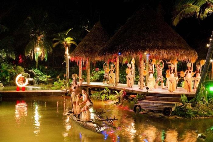 Thưởng thức món ăn kết hợp với trình diễn văn hóa về đêm - Quần đảo Cook