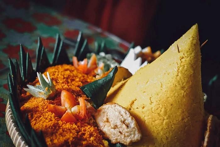 Cơm Tumpeng -ăn gì ở Bandung