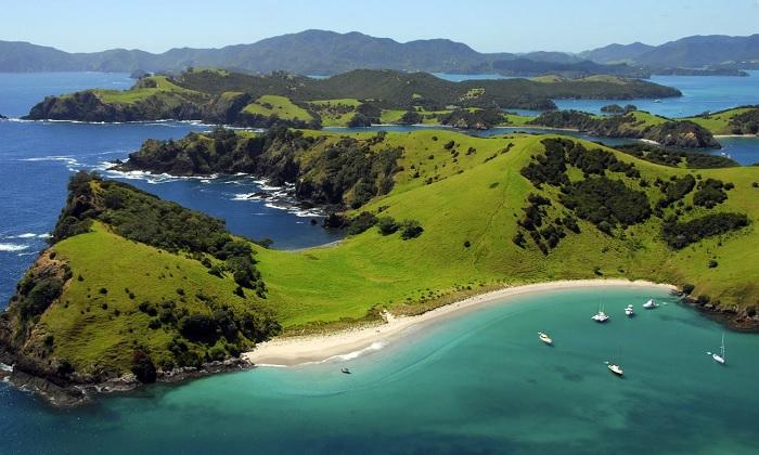 Đoạn Waewaetorea trong Vịnh Quần đảo - Vịnh đẹp nhất thế giới