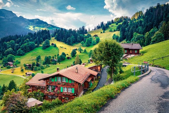 Làng Wengen của Thụy Sĩ đã thu hút khách du lịch từ những năm đầu của thế kỷ 19