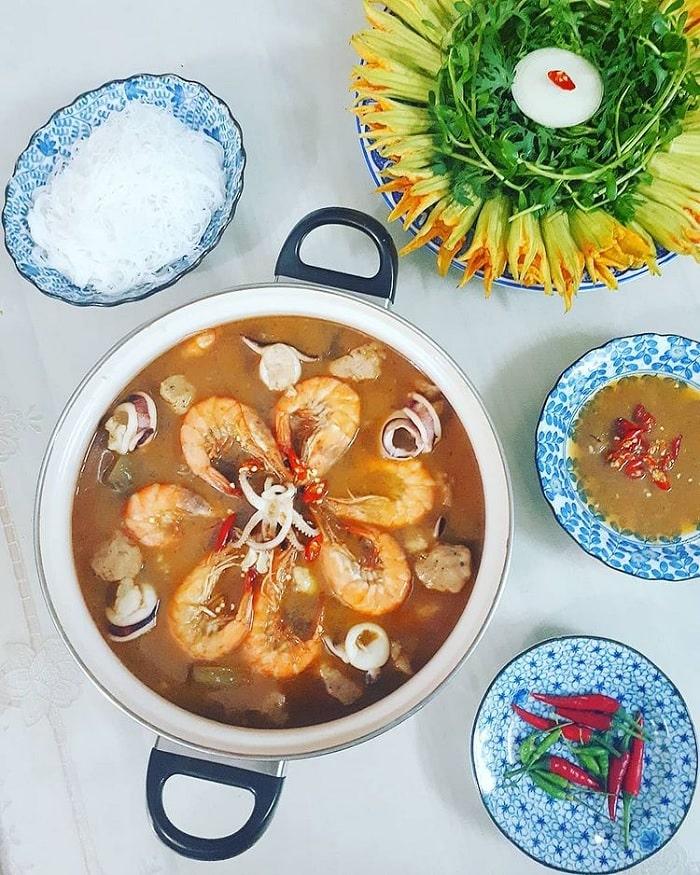 U Minh fish sauce hot pot - famous specialty