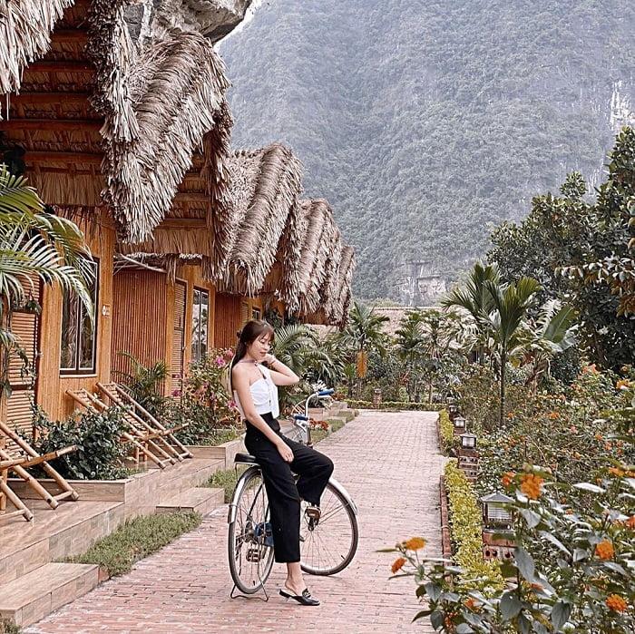Đạp xe tại Tràng An Valley Bungalow