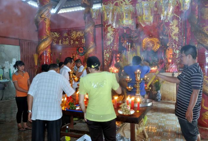 Các lễ hội ở thành phố Hồ Chí Minh- lễ miếu Ông Địa