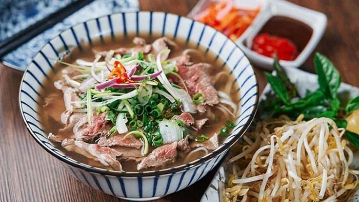 Phở Việt Nam - Những món ăn sáng ngon nhất châu Á