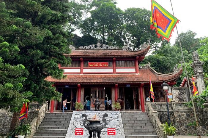 Đền Thượng - điểm tham quan gần Thiền Viện Trúc Lâm Tây Thiên