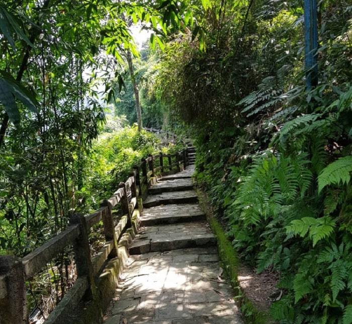 Đi lại ở Thiền Viện Trúc Lâm Tây Thiên như thế nào?