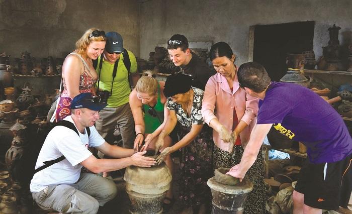 Làng gốm Bàu Trúc - Địa điểm du lịch Ninh Thuận nổi tiếng