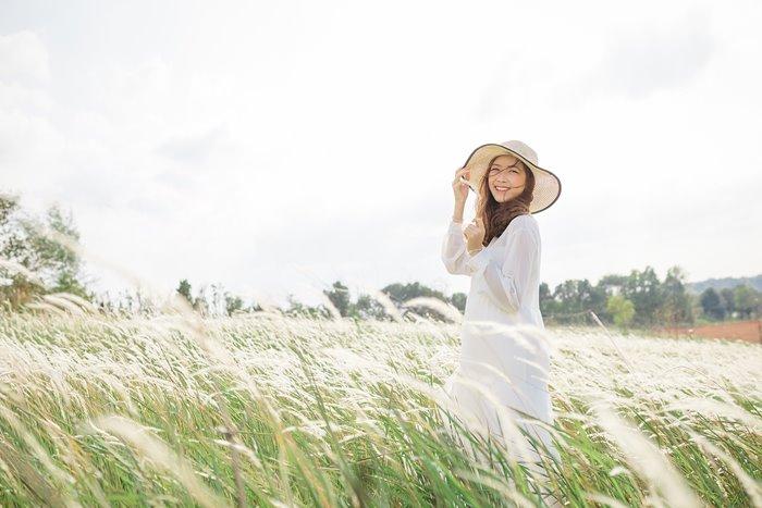 du hí ngắm đồi cỏ tranh Đắk Nông