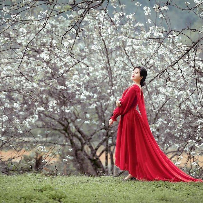 Du lịch Cao Bằng mùa nào đẹp màu hè đón hoa lê