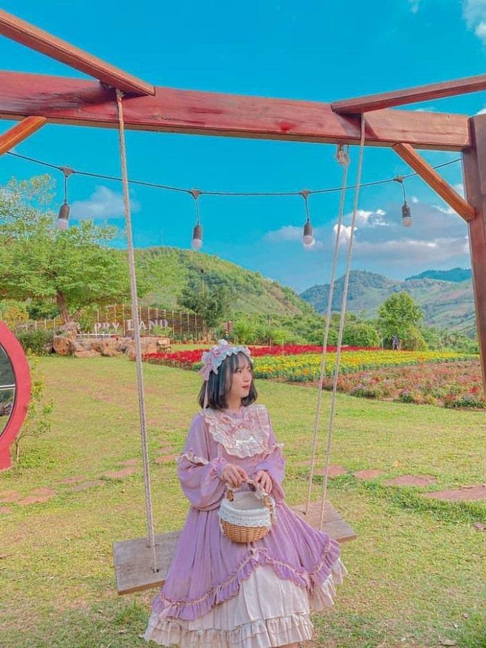 Giá vé tham quan khu du lịch Happy Land Mộc Châu