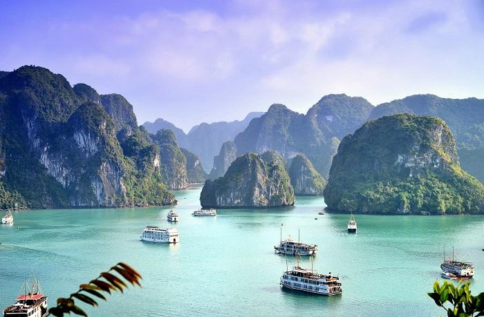 Vịnh Hạ Long - Vịnh đẹp nhất thế giới