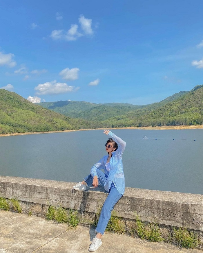 verdant - highlight at My Binh lake