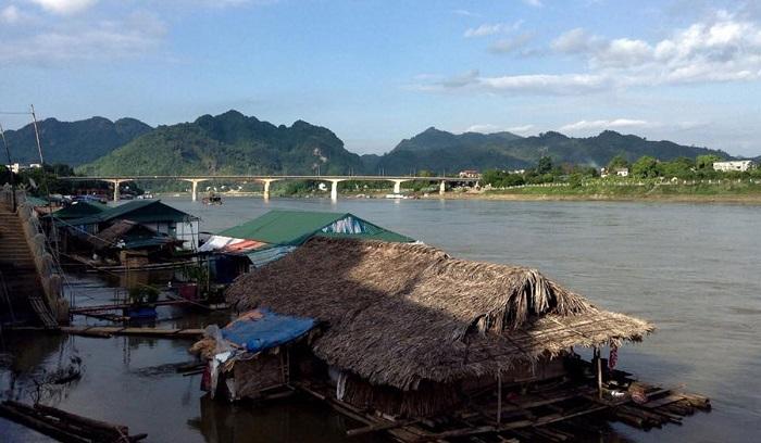 Nui Dom . tourist area