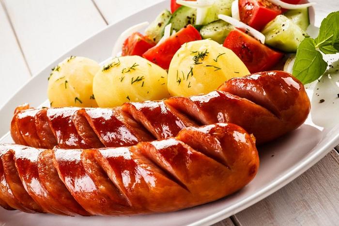 Xúc xích - Món ăn truyền thống ở Đức nổi tiếng nhất