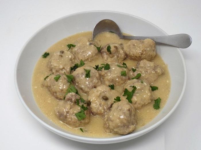 Món Konigsberger Klopse - Món ăn truyền thống ở Đức