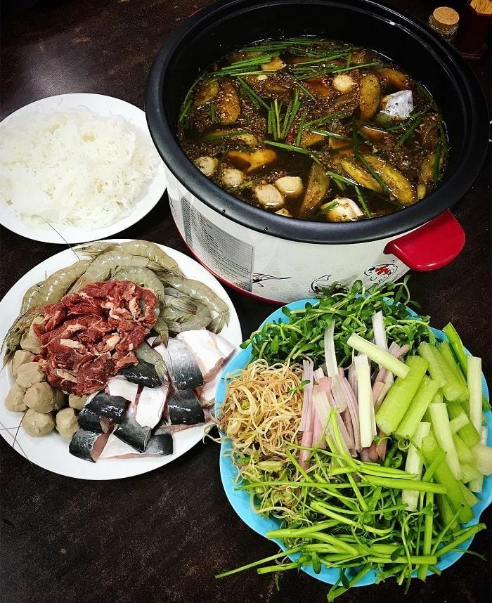 U Minh fish sauce hot pot - a specialty of Ca Mau