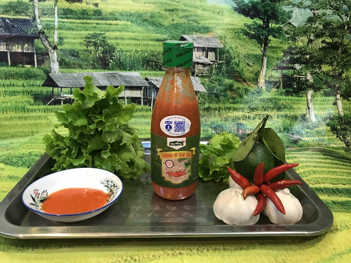 What to buy at Bac Ha market?  Muong Khuong chili sauce - A gift to buy when coming to Bac Ha