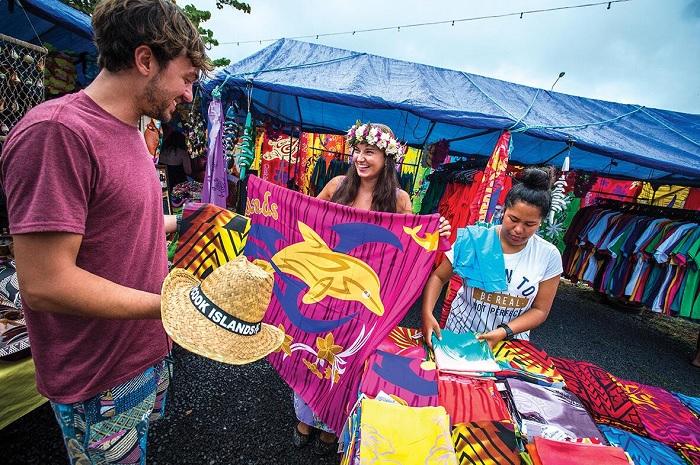 Nhiều mặt hàng thủ công bán trên đảo - Quần đảo Cook