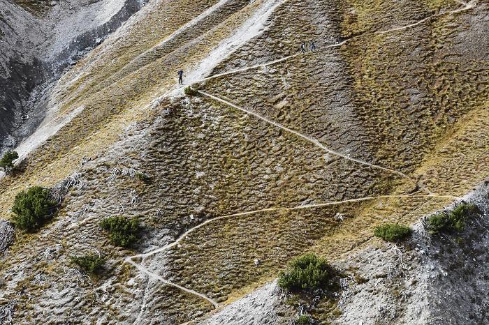 Những đợt tuyết đầu mùa bắt đầu rơi - Vườn quốc gia Thụy Sĩ